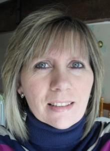Julie Taylor, TFT-Algo